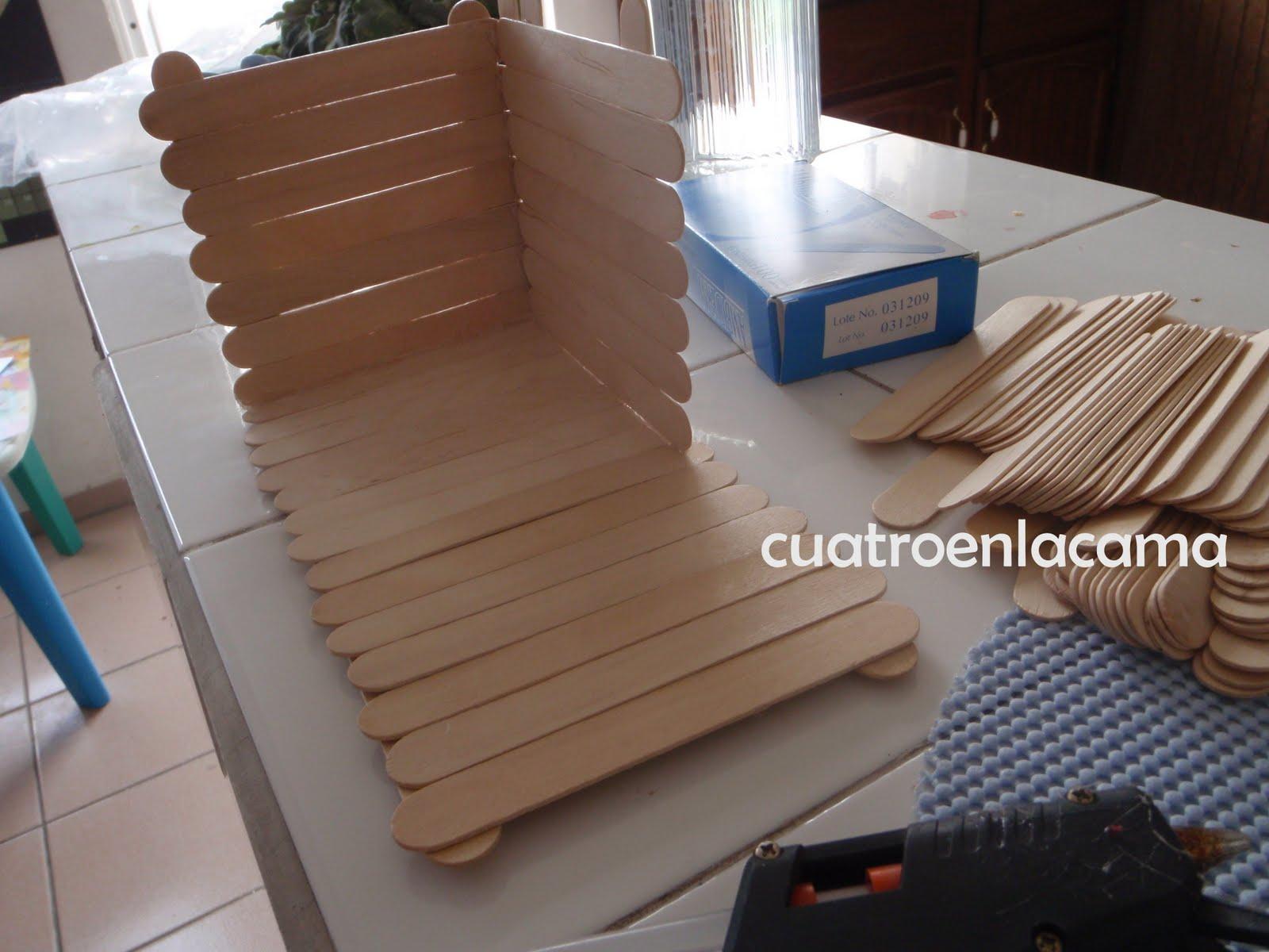 Cajitas con abatelenguas - Imagui