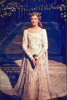 Guinevere dress style