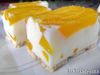 Prajitura cu iaurt si fructe reteta