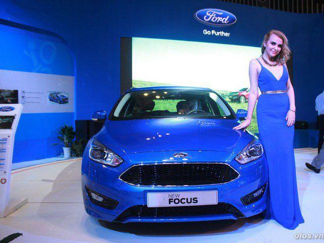 Xe Ford Focus 2016 gia nhập cuộc đua sedan hạng C