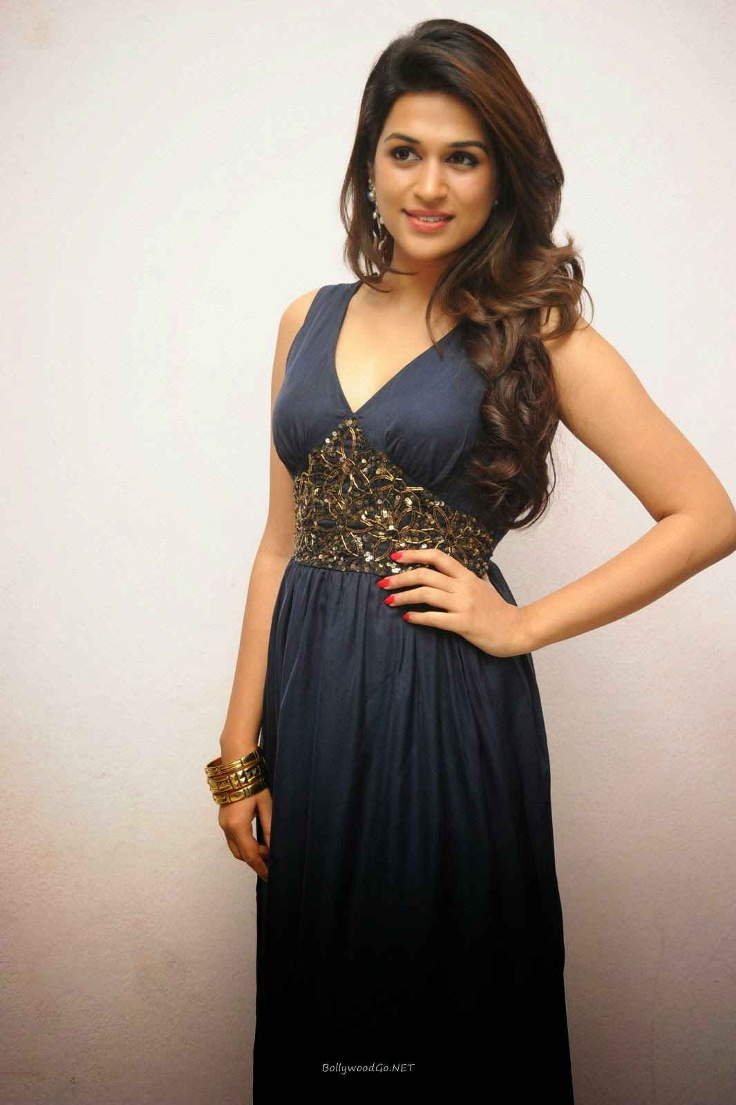 Shraddha Das in a Beautiful and Trendy Blue Outfit