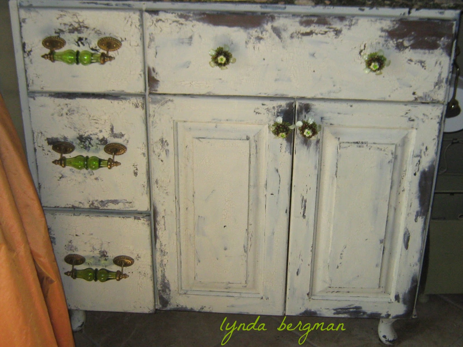Lynda bergman decorative artisan painting distressing a for Distressed kitchen cabinets