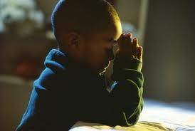 Jesús bendice los niños