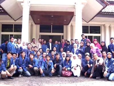 Awal UTM di Kancah Nasional Study Ekskursi Di Jakarta-Bogor