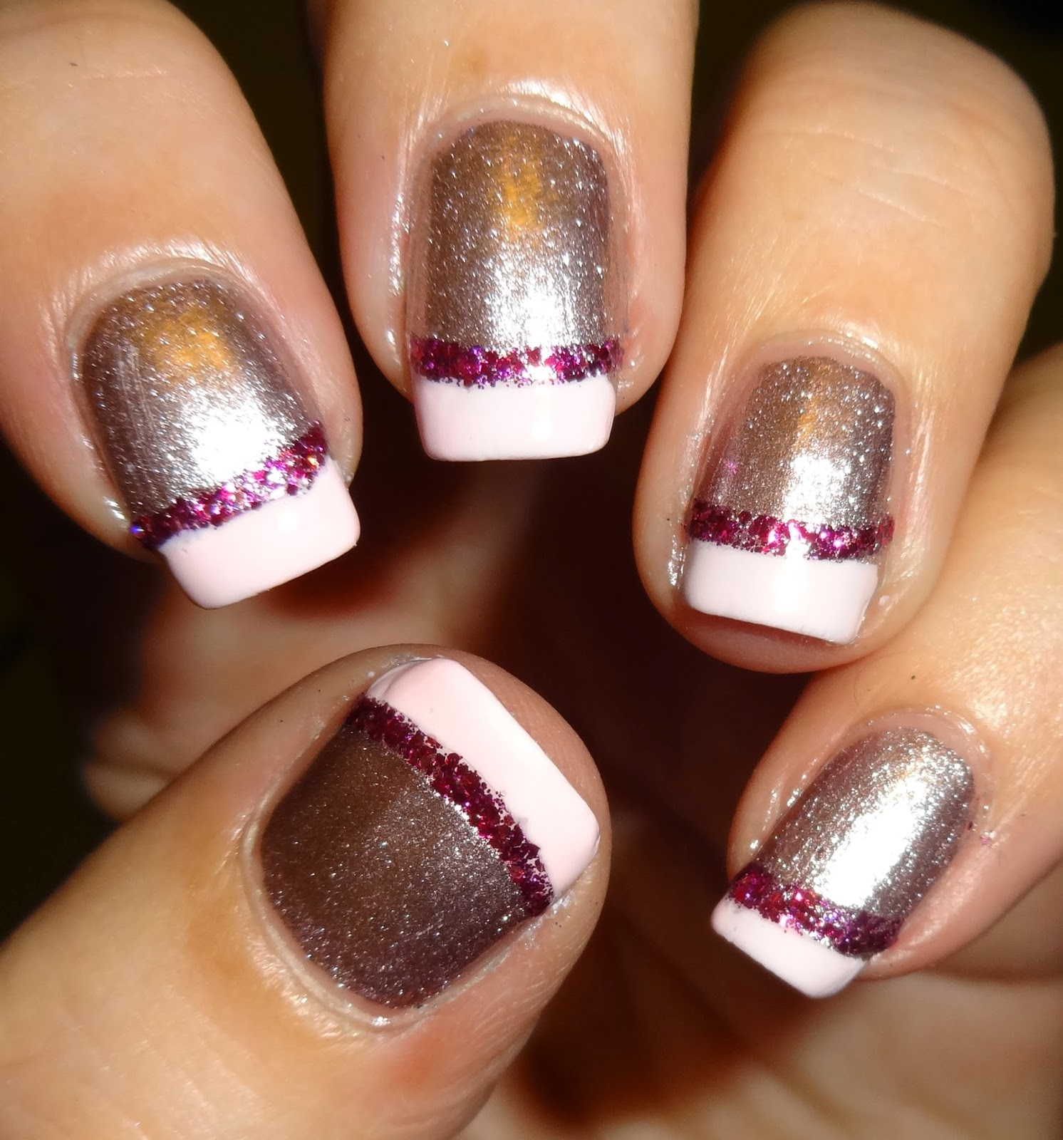 Wendy\'s Delights: smART Nails Glitter French Nail Stencils - P001