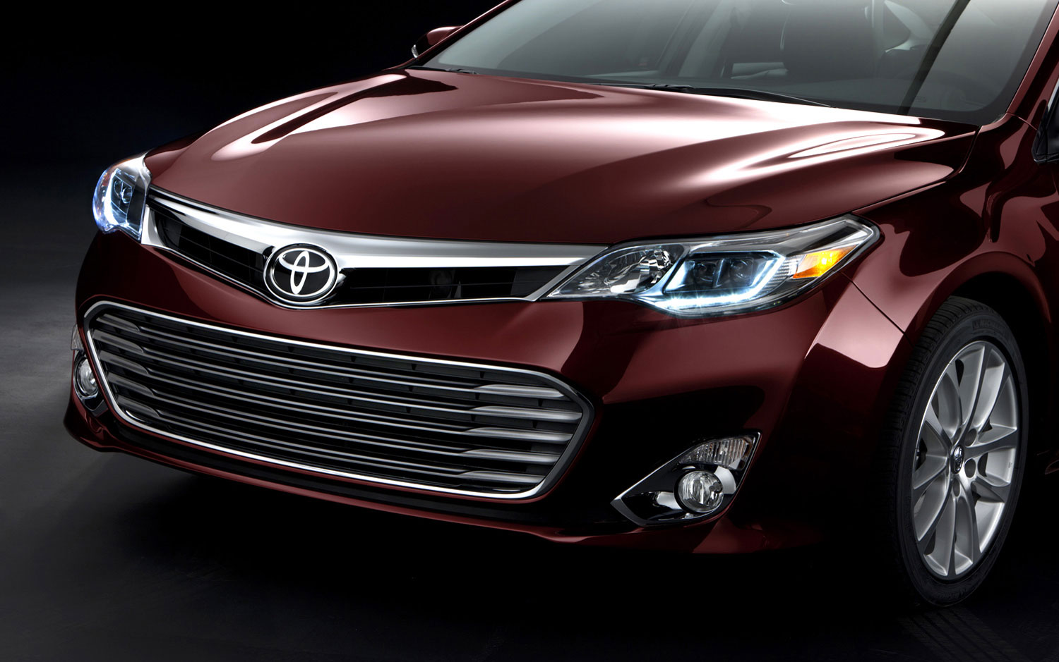 cars model 2013 2014 2012 new york 2013 toyota avalon moves from milquetoast to modernistic. Black Bedroom Furniture Sets. Home Design Ideas