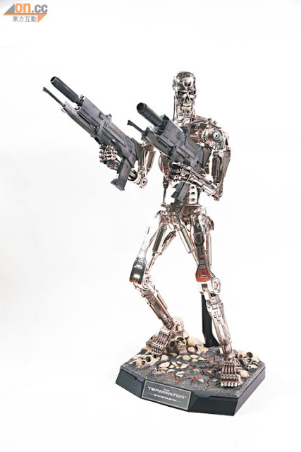 Hot Toys 2013 Preview - 1/4 scale Terminator T-800 Endoskeleton