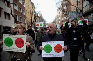 Protestas durante un escrache en los últimos días