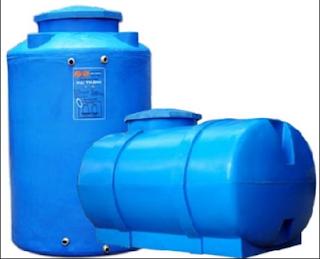 Ưu điểm nổi bật của Bồn nước nhựa Thế hệ mới 500L Ngang Đại Thành  - Dây chuyền sản xuất tiên tiến của Hàn Quốc. - Kết cấu nhựa 4 lớp dày, chịu va đập cao. - Nguyên liệu nhựa LLD PE, đảm bảo vệ sinh an toàn thực phẩm - Đa chức năng: Chứa nước sạch, nước nhiễm phèn, nhiễm mặn hoá chất... - Đặc biệt thích hợp cho việc sử dụng làm thùng chứa trên thuyền và tàu biển  2.      Lưu ý khi sử dụng   - Sản phẩm khi lắp đặt phải được đặt trên một mặt phẳng cố định. - Hạn chế các tác động, va chạm cơ học trong quá trình lắp đặt, vận chuyển và sử dụng.  3.      Chế độ dịch vụ trước và sau khi bán hàng hoàn hảo của nhà sản xuất:  - Tất cả các sản phẩm trước khi giao đến người tiêu dùng đều được Tập Đoàn kiểm tra kỹ càng nhằm trao đến tay người tiêu dùng sản phẩm chất lượng tốt, hình thức đẹp. - Sản phẩm bồn nhựa Thế hệ mới của tập hoàn Tân Á Đại Thành được bảo hành kỹ thuật 10 năm. - Xuyên suốt quá trình sử dụng, khách hàng có ý kiến thắc mắc, Tân Á Đại Thành luôn sẵn sàng giải đáp mọi thắc mắc của khách hàng.
