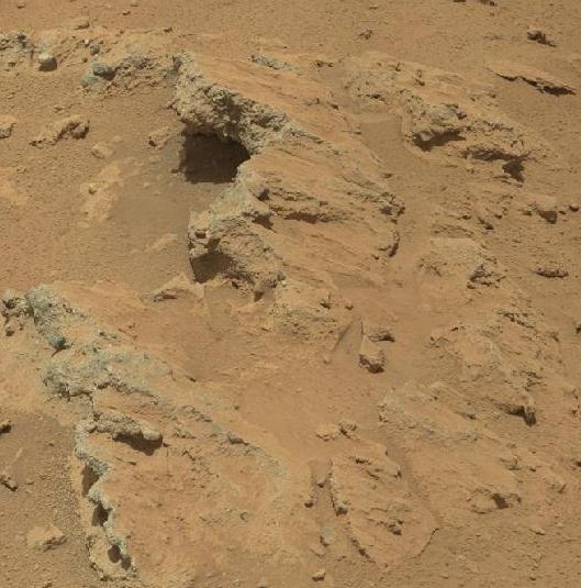 Pode ter havido rios, lagos e oceanos em Marte