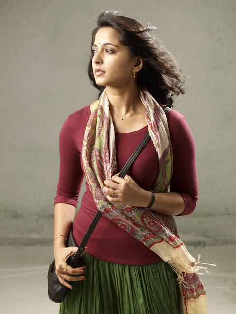 அனுஷாவின் தெய்வதிருமகன் திரைப்படத்தின் ,படங்கள்! Anusha+In+Theivathirumakan+Movie+Stills+%25289%2529