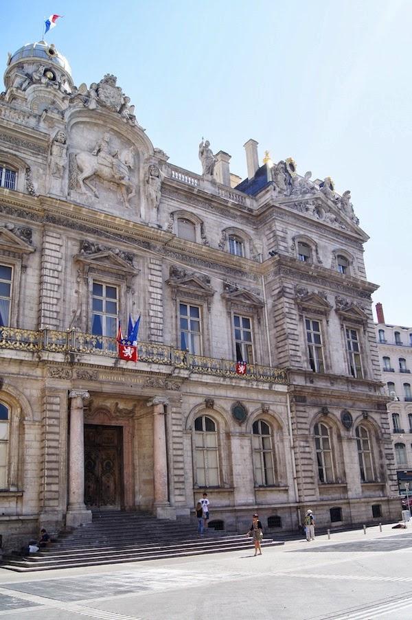 AOÛT #5 : Nice & Lyon