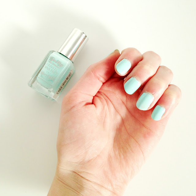 NOTD Barry M Gelly Nail Paint in Sugar Apple