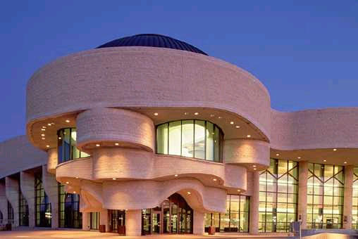 Redefining the face of beauty canada 39 s top 10 museums for Museum of civilization quebec city