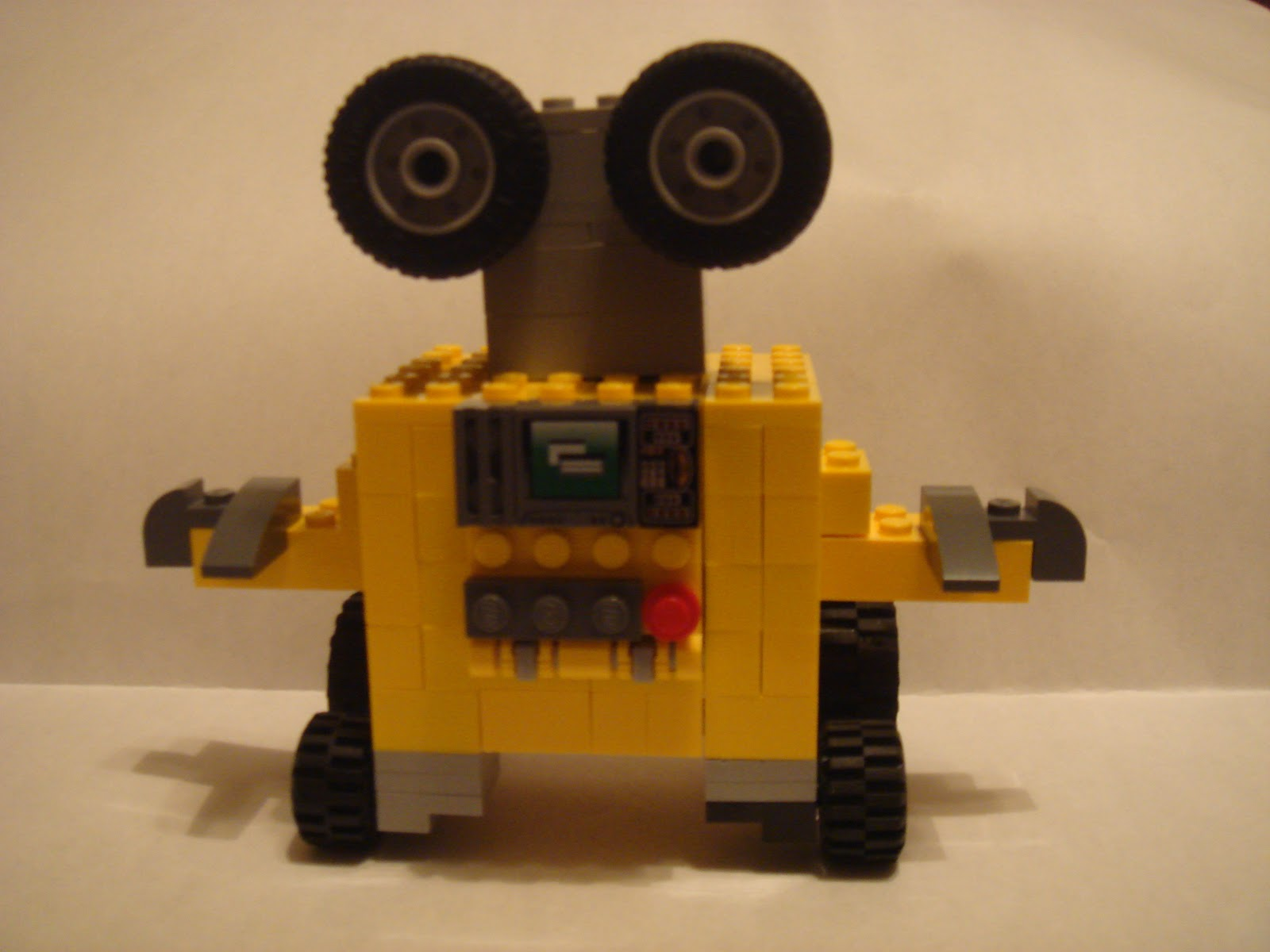 LEGO Wall-e Creation