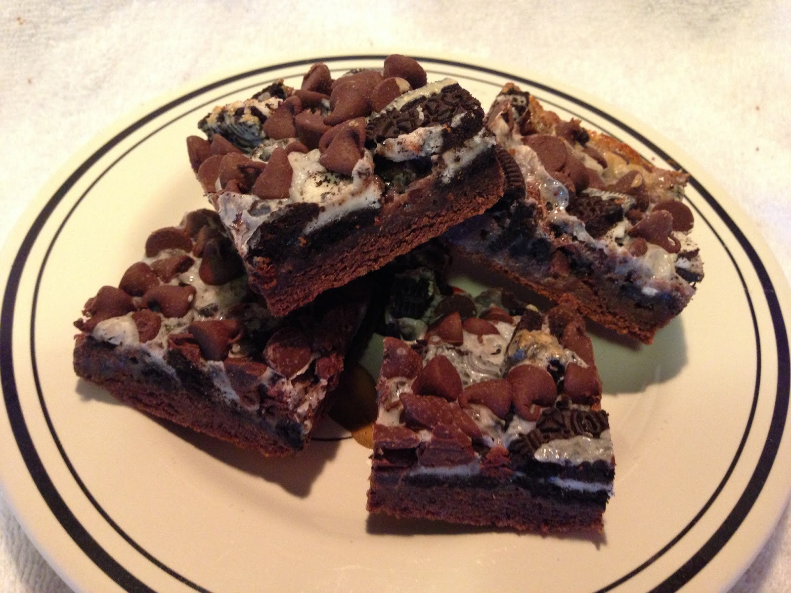Cooking with Joey: Gooey Cookies and Cream Double Chocolate Cake Bars