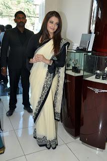 1213 - Aishwarya Rai At Longines Showroom Launch 3