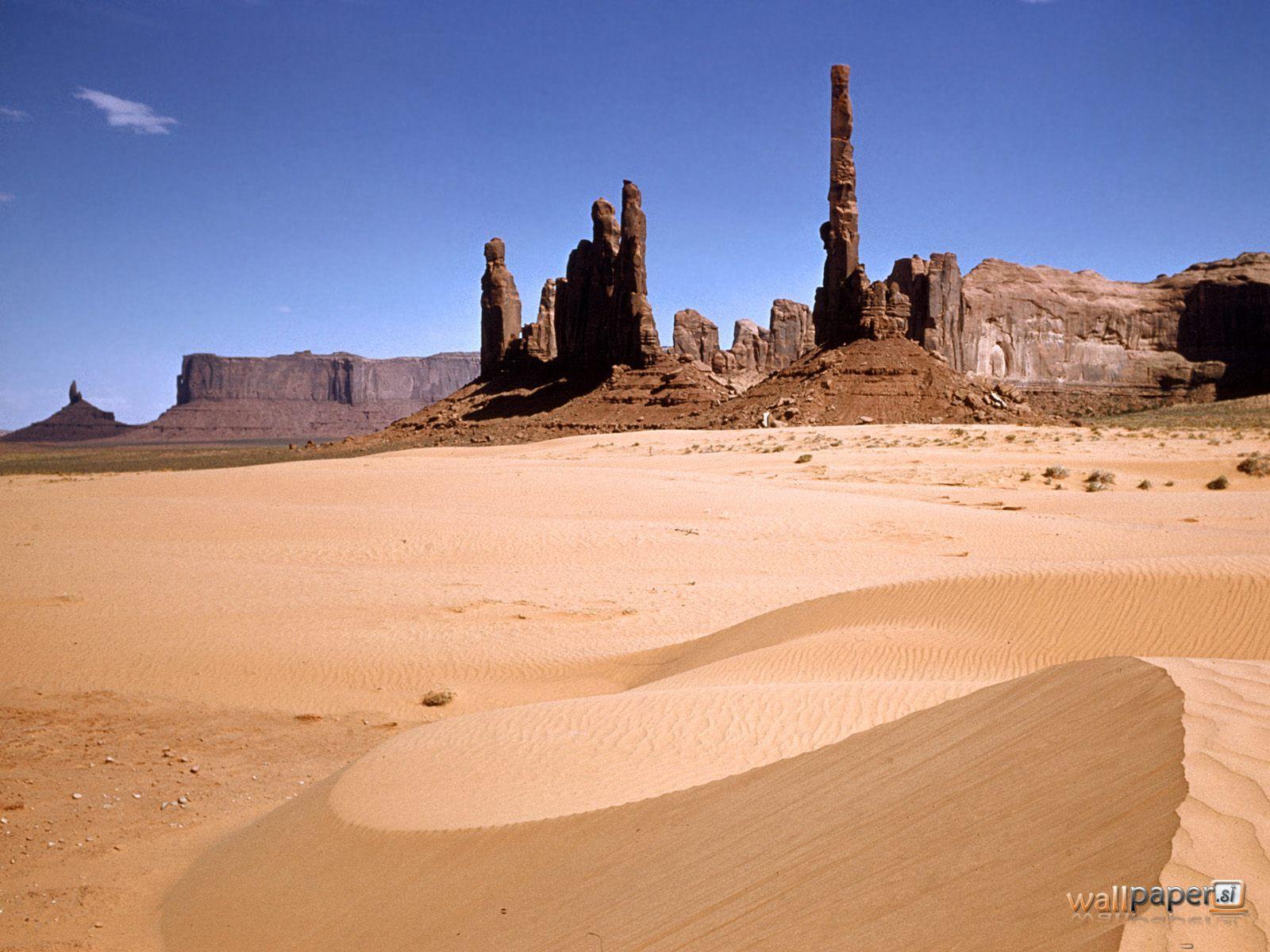 http://1.bp.blogspot.com/-eoWP3e6FzZQ/TdpLKsFs-TI/AAAAAAAADug/0fwuFrWisjs/s1600/Monuments-Desert-Southwest.jpg