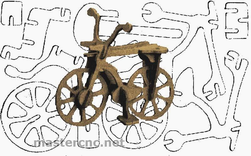 Велосипед из фанеры сделанный вручную.