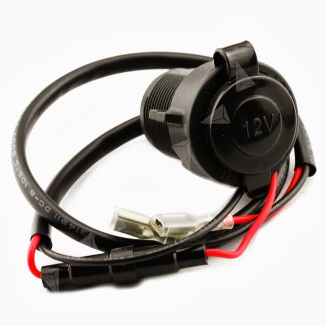 Defender 90 XS: Rear Auxillary Power Socket