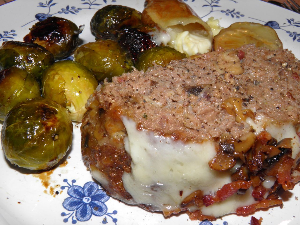 bacon mushroom swiss meatloaf meatloaf for a few days bacon wrapped ...