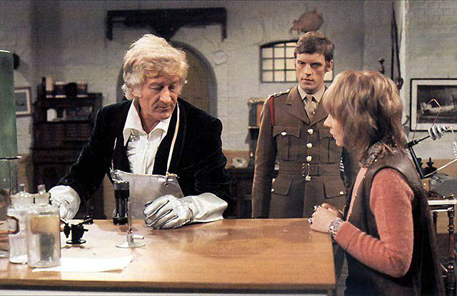 Terror Of The Autons - 1971 - S8 - E1/5 - Old Doctor Who