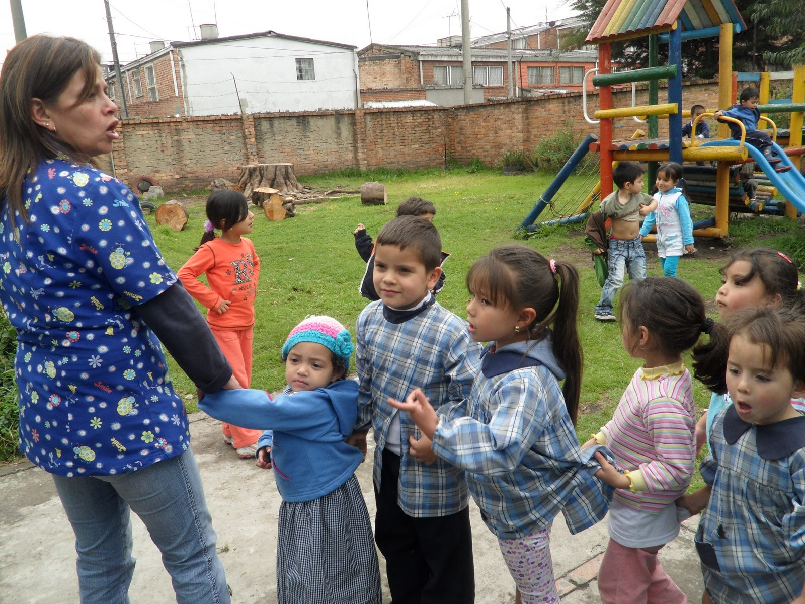 Subdirecci n local barrios unidos simulacro de evacuaci n for Jardin infantil