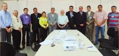 Anote Brasil: Comitiva de Caraúbas visita Guararapes e fala com Nevaldo