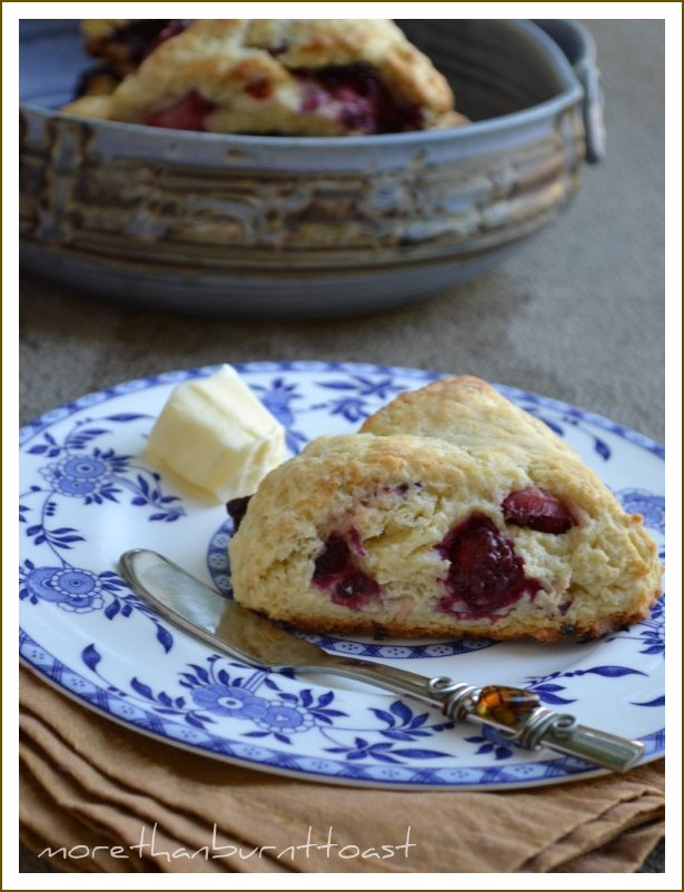 more than burnt toast: Red, White and Blue Fruit Scones