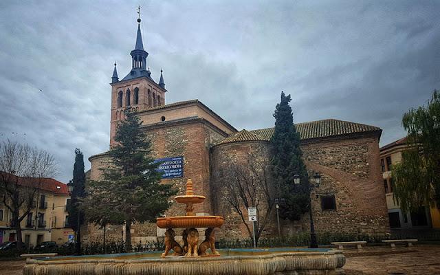 Illescas. Plaza hermanos Fernandez Criado