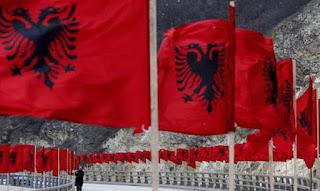 Νέα πρόκληση από Αλβανούς: Ζητούν την Καστοριά!