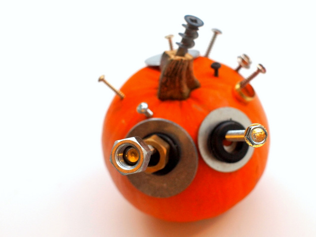 Easy, No-Carve Hardware Pumpkins- Perfect Halloween craft for kids of all ages!