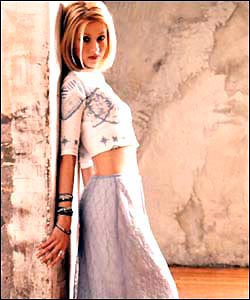 love will find a way christina aguilera The song christina aguilera - love will find a way is professional recreation it is not by the original artist.
