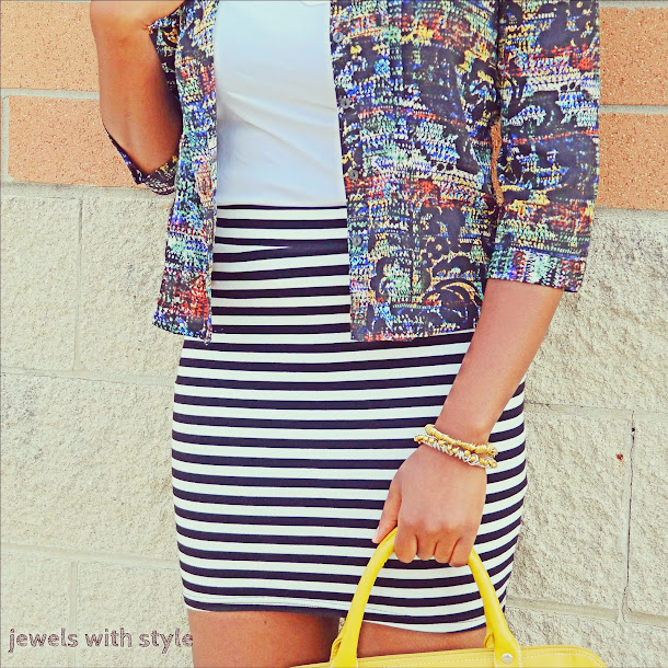 print mixing, how to mix prints, sriped skirt, yellow shoes, jewels with style, black style blogger, black and white outfit idea