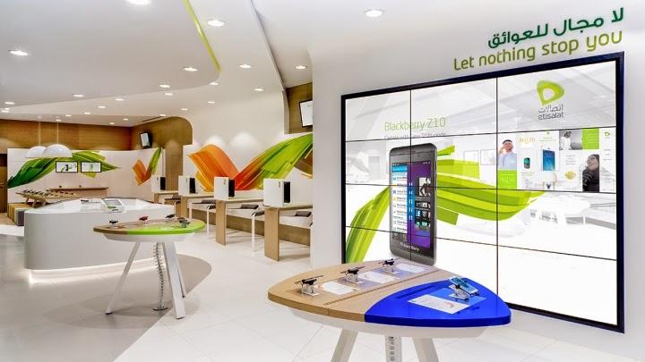 Inspirasi Desain interior Gadget Store 1