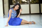 Ishika Singh Latest Glamorous Photos-thumbnail-10