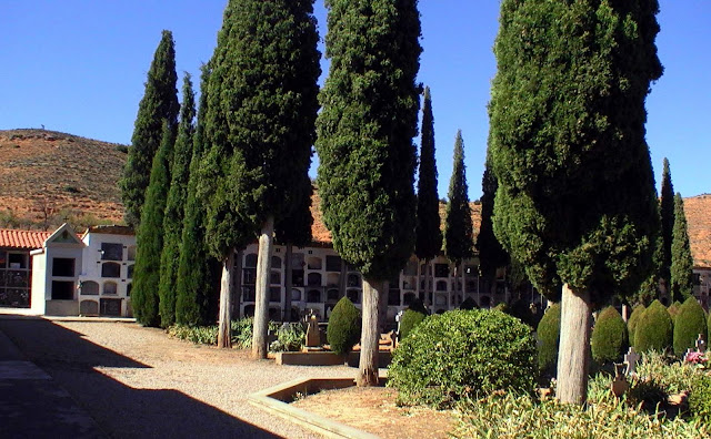 poesia-cementerio-torrebaja
