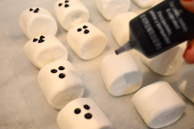marshmallow-ghosts