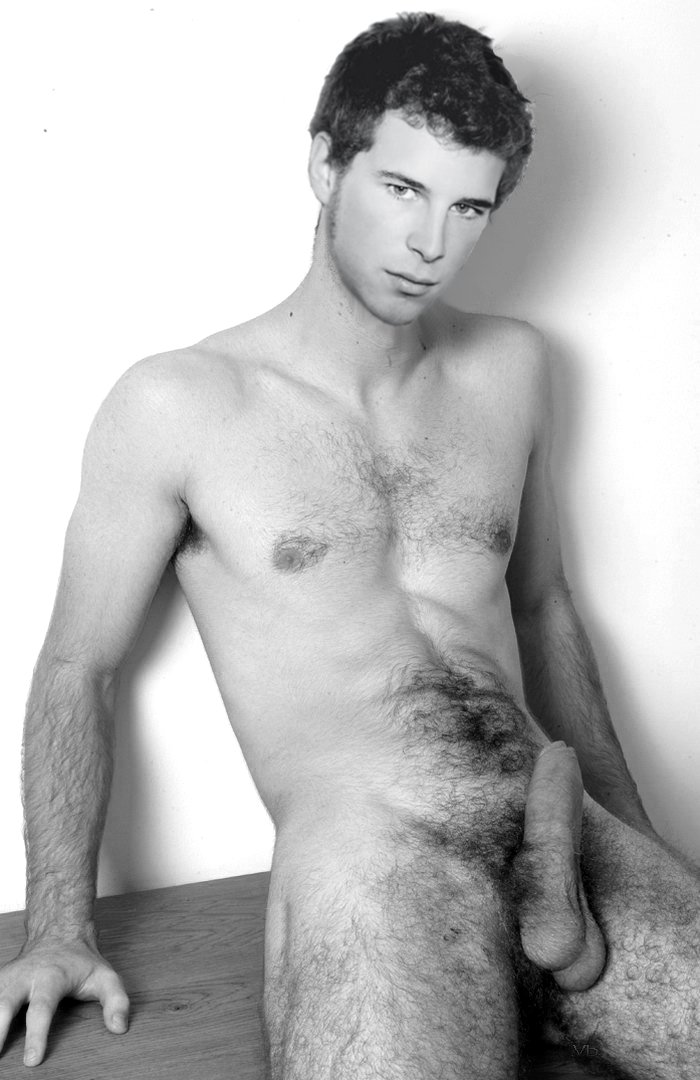 Alvaro Cervantes Desnudo