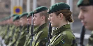 Söker militär