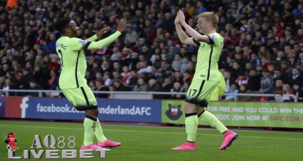 Liputan Bola - Raheem Sterling dan Kevin De Bruyne tak perlu waktu lama untuk menunjukkan kenapa Manchester City rela mengeluarkan uang sangat banyak untuk mendatangkan mereka.