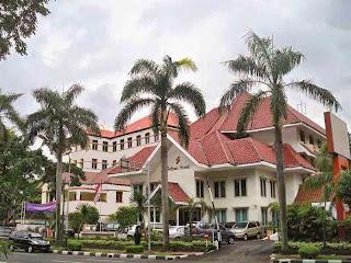 Hotel Murah di Menteng dekat UI - Sofyan Hotel Betawi