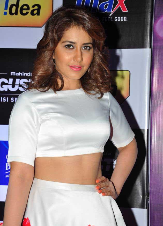 Rashi Khanna latest HD images At Mirchi Music Awards South