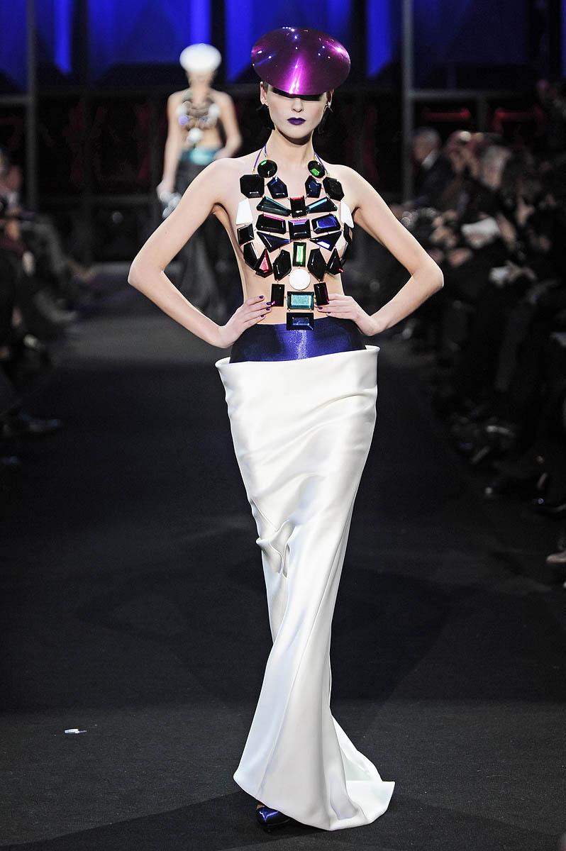 Ma Cherie, Dior: Armani Prive, Haute Couture Spring 2011