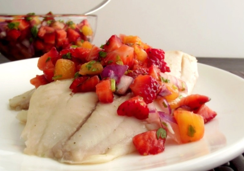 Poor Girl Eats Well: Recipe: Poached Tilapia with ...