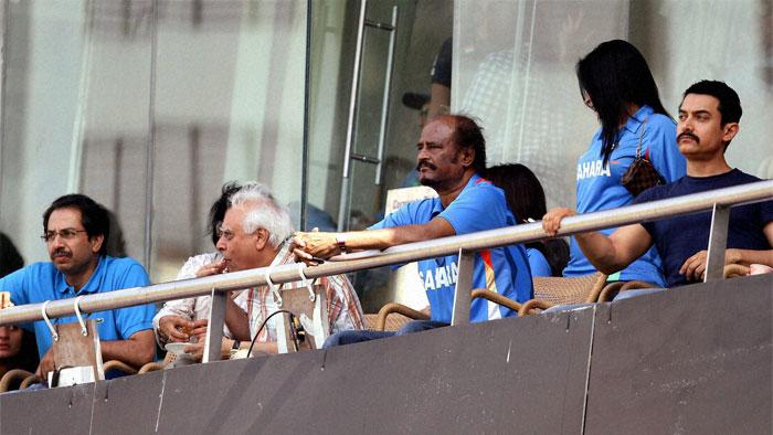 Rajini and Gajini Watching the world cup Match