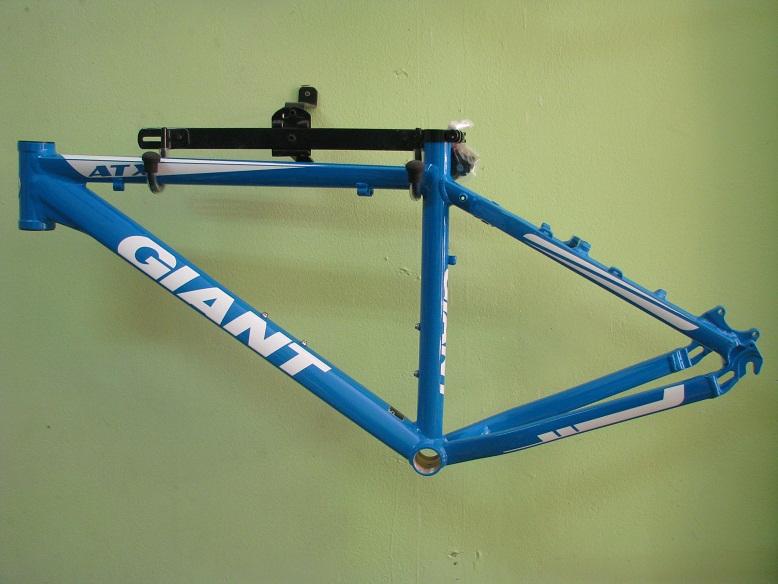 Frame Giant ATX 2011