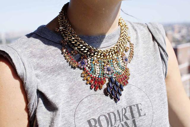 http://1.bp.blogspot.com/-es1nWK_0Lmk/TqgUbBLmpjI/AAAAAAAAC_U/Q8_sBFgvNsM/s1600/necklace.jpg