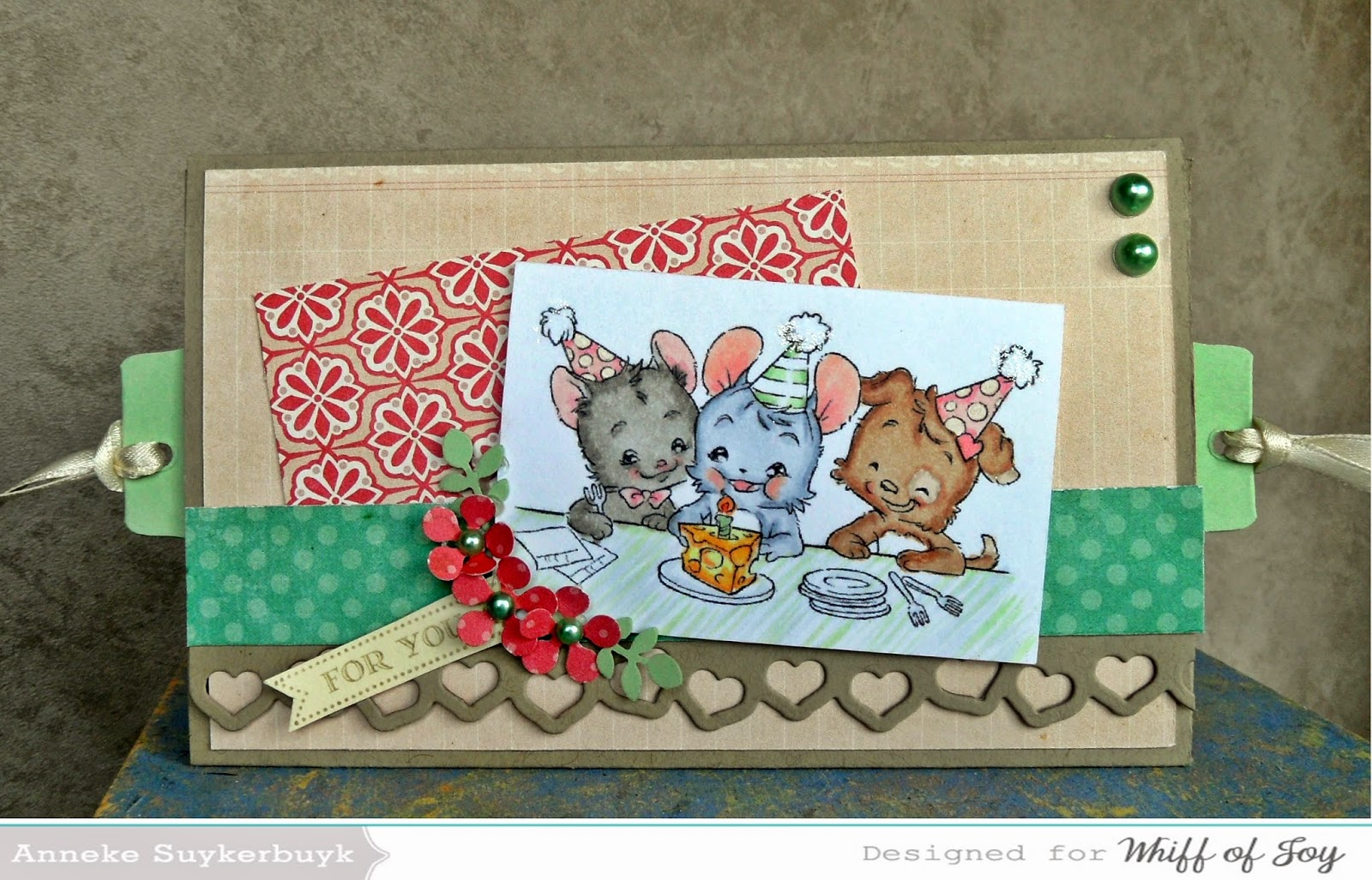 http://anneke-scrapfun.blogspot.be/2014/05/tutorial-thursday-double-slide-card.html