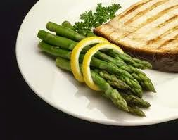 swordfish, veggies, clean eating, weight loss, ordering out